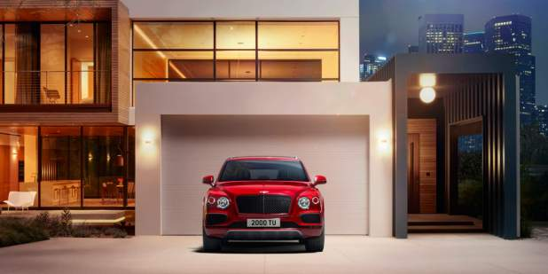 Bentayga-V8-outside-modern-house-at-night-1398x699-web.jpg