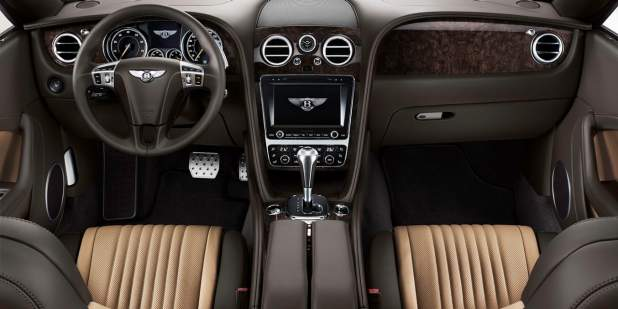 Front console of the Bentley Continental GT Convertible with duo tone brown leather interior | Bentley Motors