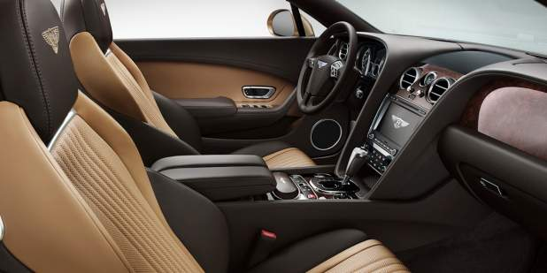 Two tone coloured interior of the Bentley Continental GT Convertible front cabin | Bentley Motors