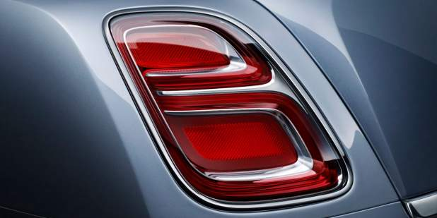 Close up of a rear light on a grey blue Bentley Mulsanne | Bentley Motors