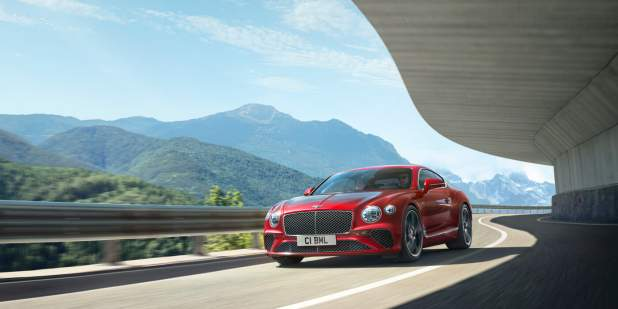 New-Continental-GT-V8-on-mountain-road
