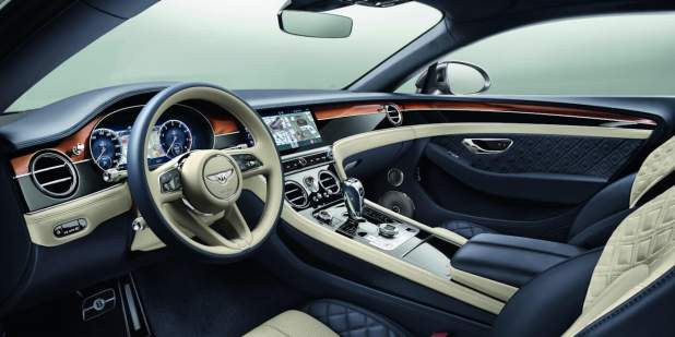 Continental-GT-front-interior-with-new-steering-wheel-20-1398x699.jpg