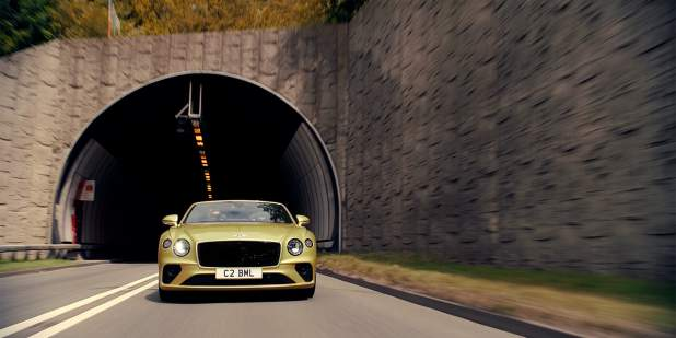 Bentley-Continental-GT-V8-Convertible-dynamic-tunnel-1398x699.jpg