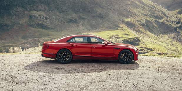 Bentley-Flying-Spur-V8-gallery2-1398x699.jpg