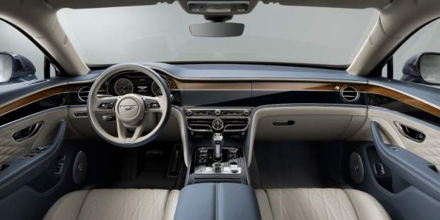 New-Flying-Spur-front-interior-cabin