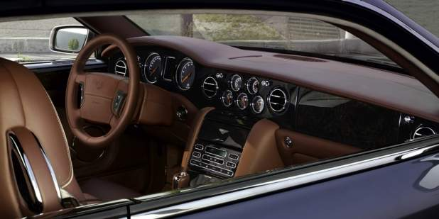 Bentley Brooklands luxury saloon front cabin with leather interior and veneer finish | Bentley Motors