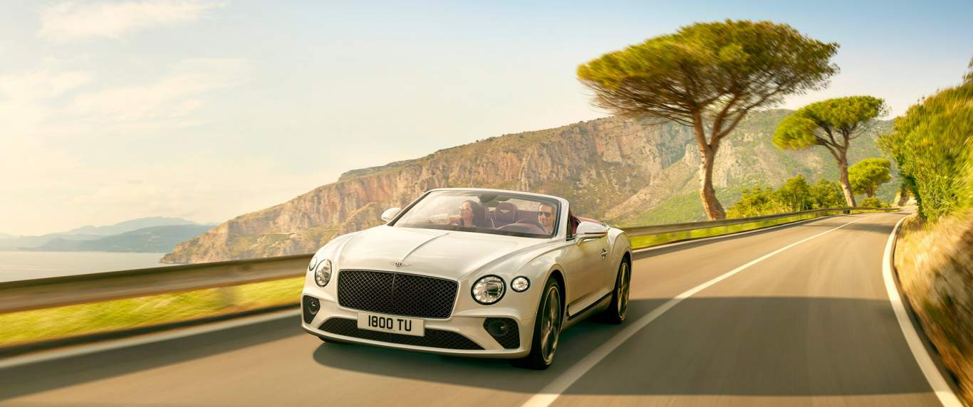 Home Models Flying Spur New Ice White Bentley Continental Gt Convertible Driving