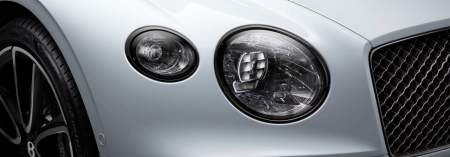 new-Bentley-Continental-GT-Convertible-in-ice-white-paint-with-blackline-specification