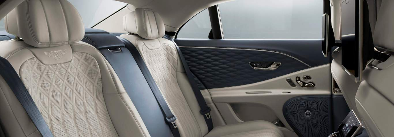 bentley-new-flying-spur-rear-interior-with-rear-seat-entertainment