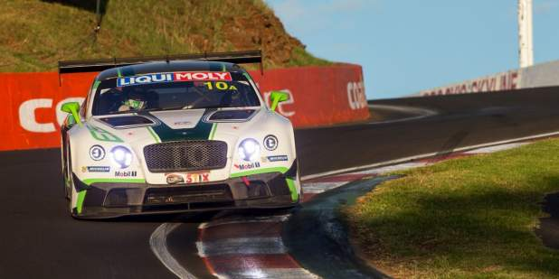 The Bentley Continental GT3 rounding the edge of the Bathurst 12 Hour track | Bentley Motors