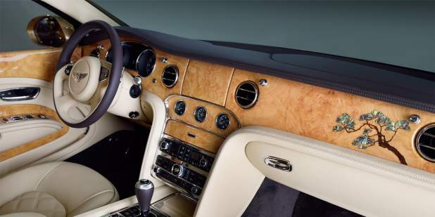 Dashboard and  'The Golden Pine' veneer marquetry of the Bentley Mulsanne Seasons Limited Edition for China | Bentley Motors