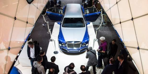 Duo-tone Bentley Mulsanne Grand Limousine on display at Geneva Motor Show 2016   Bentley Motors