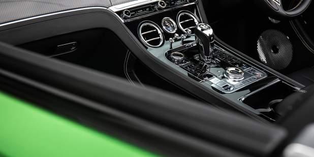 Bentley-Rainbow-GT-006-1398x699.jpg
