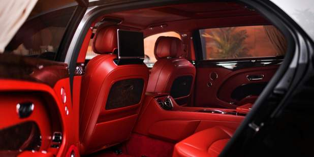 Mulsanne-WO-Edition-by-Mulliner-in-Russia-rear-interior-1398x699.jpg