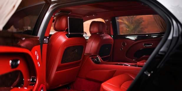 Mulsanne-WO-Edition-by-Mulliner-in-Russia-rear-interior-1398x699.jpg