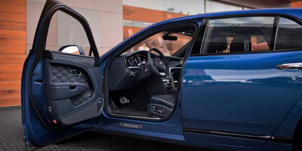 Bentley-Mulsanne-6.75-Edition-by-Mulliner-door-1398x699.jpg